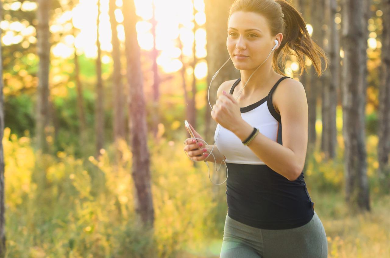 Abbigliamento running: cosa non può mancare